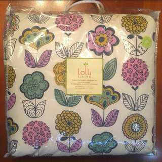 Full queen size Comforter