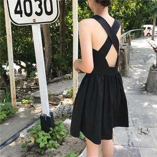 🚚 夏裝2018新款女裝小心機連衣裙顯瘦韓版交叉露背中長款高腰a字裙 兩款長度 預購
