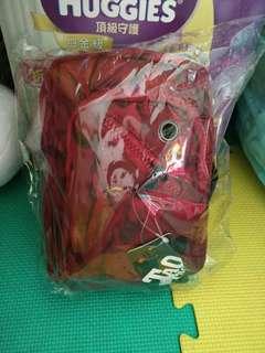 🚚 胸包 紅色款 斜背包 全新現貨一個