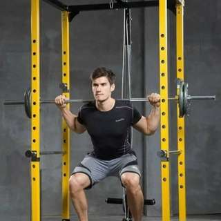 Power rack with lat pull down