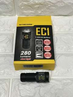 Rare Nitecore EC1 flashlight 280 lumens