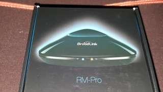 Broadlink RM pro (Universal Remote)