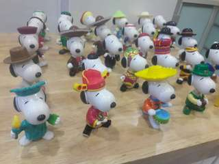 LIMITED MCDONALD'S SNOOPY WORLD TOUR 1999