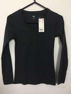Uniqlo Supima Long Sleeve V Neck