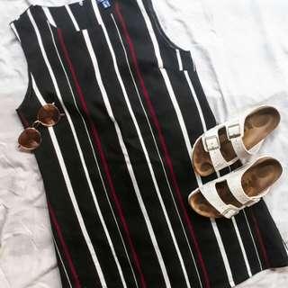 Cruisin black dress