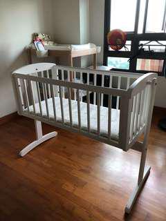 Perfect cot for your precious newborn