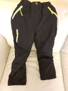 🚚 Ski pants