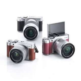 Camera Fujifilm XA5 Mirrorless With 15-45mm + Instax Mini 8