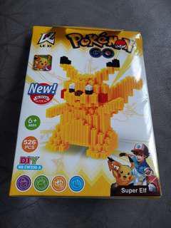 Pokemon blocks 526 pcs