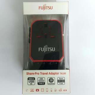 Fujitsu Travel Adapter 旅行轉頭 旅行插蘇 EU/UK/USA/AUS/JP/CHINA 合160個國家 (With 4 USB & 1 Type-C) 2.4A & 3A Output Up To 5.6A Max 💗 全新行貨,保用一年,市區地鐵交收