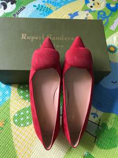 Rupert Sanderson 紅色suede 低跟鞋