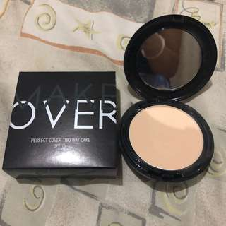 Makeover two way cake powder compact (REPRICE)!!!