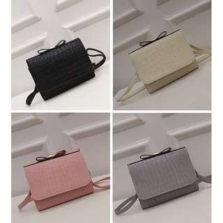 Ribbon Cros Sling bag