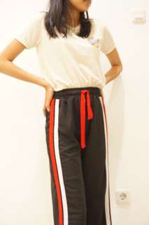 Celana Hitam Stripes