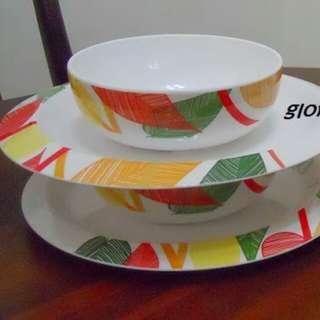 Tupperware Brands - Melamine Plate (1pc)