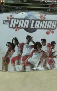 "Vcd  Chinese mandarin thai  The iron ladies  Based on a true story, ""The Iron Ladies"" describes the inexorable march of a volleyball team composed mostly of transsexuals, transvestites, and some rather effeminate gay guys to the Thai male national rd of"