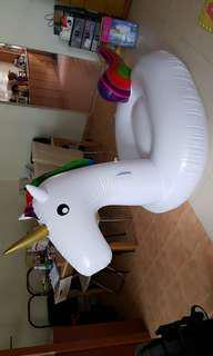 Giant float unicorn