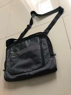 "Tas Laptop 15"" bodypack"