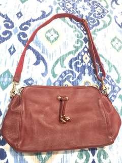 Tas/bag/handbag Jon Louis kulit warna merah
