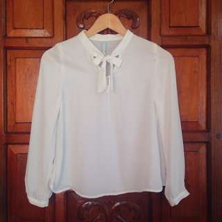 Brand New Bershka White Longsleeves Top Blouse