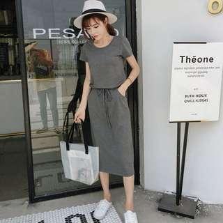 氣質夏季灰色連身裙