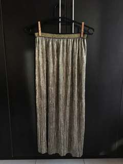 REPRICED!!! Never Worn Skirt