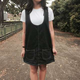 🚚 Denim Pinafore