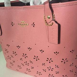 Coach Tote mothers day special 2018