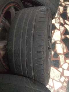 雷登輪胎 215 45 17 2顆800八成新 17吋