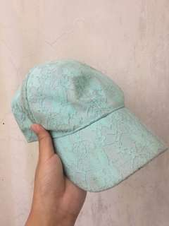 Bench Lace Turquoise Cap