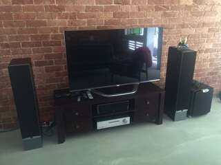 Selling DALI ikon 6 Speakers, woofers and Cambridge Audio Amp