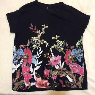 Stradivarius flowers t-shirt