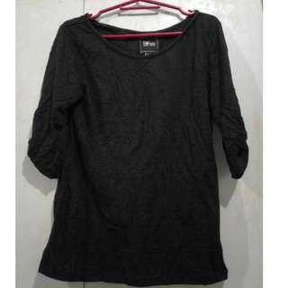Solo Black 3/4 blouse