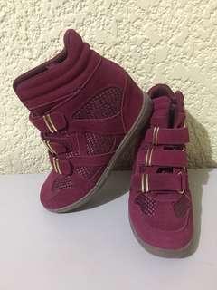 Skechers: Hidden Wedge Shoes (Maroon: Size 8.5)