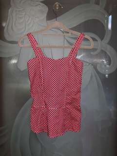 Red Dots Top