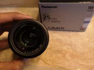 Panasonic 25mm f1.7 Lumix lens