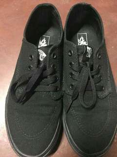 Authentic Vans Brigata