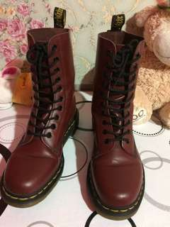 Dr. Martens Cherry Red 1490