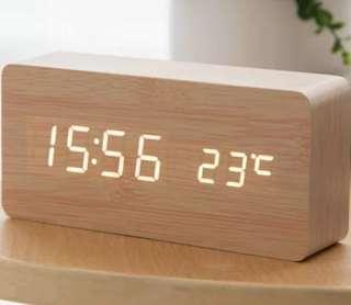 電子跳字鐘 electric clock