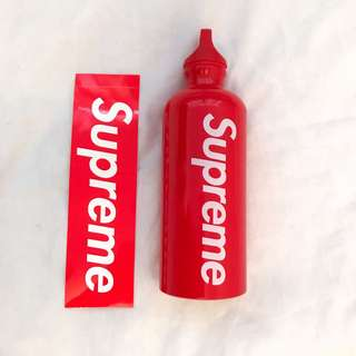 Supreme®/SIGG™ Traveller 0.6L Water Bottle