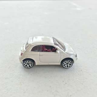 hot wheels - fiat 500