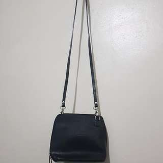 Vera Pelle Small Sling Leather Bag