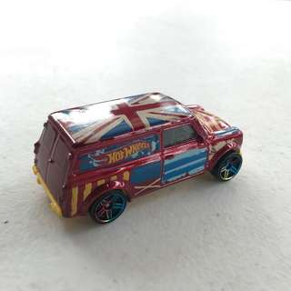 hot wheels - '67 austin mini van