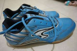 Preloved sepatu futsal no brand