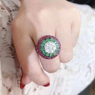 18k沙佛萊0.96ct鑽石0.90ct紅寶石5.01ct戒指
