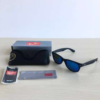 Authentic Matte Black Rayban New Wayfarers RB 2132