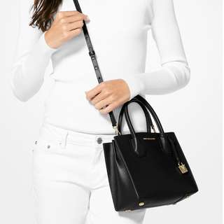 🇨🇦加拿大代購🇨🇦Michael Kors Mercer Perforated Leather Crossbody
