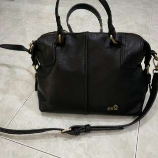 CR2 black 2 way bag
