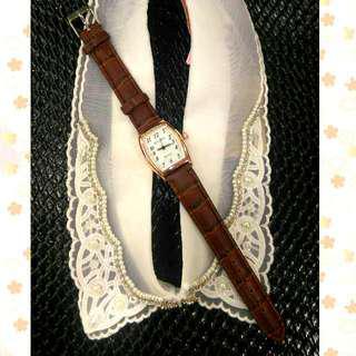 簡約時尚手錶