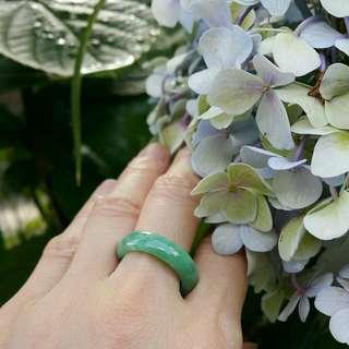 天然緬甸玉A貨冰糯種陽綠翡翠戒指